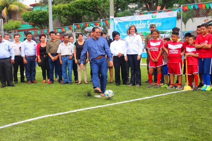 Inauguran complejo deportivo de colonia boqu n el - Complejo deportivo el mayorazgo ...