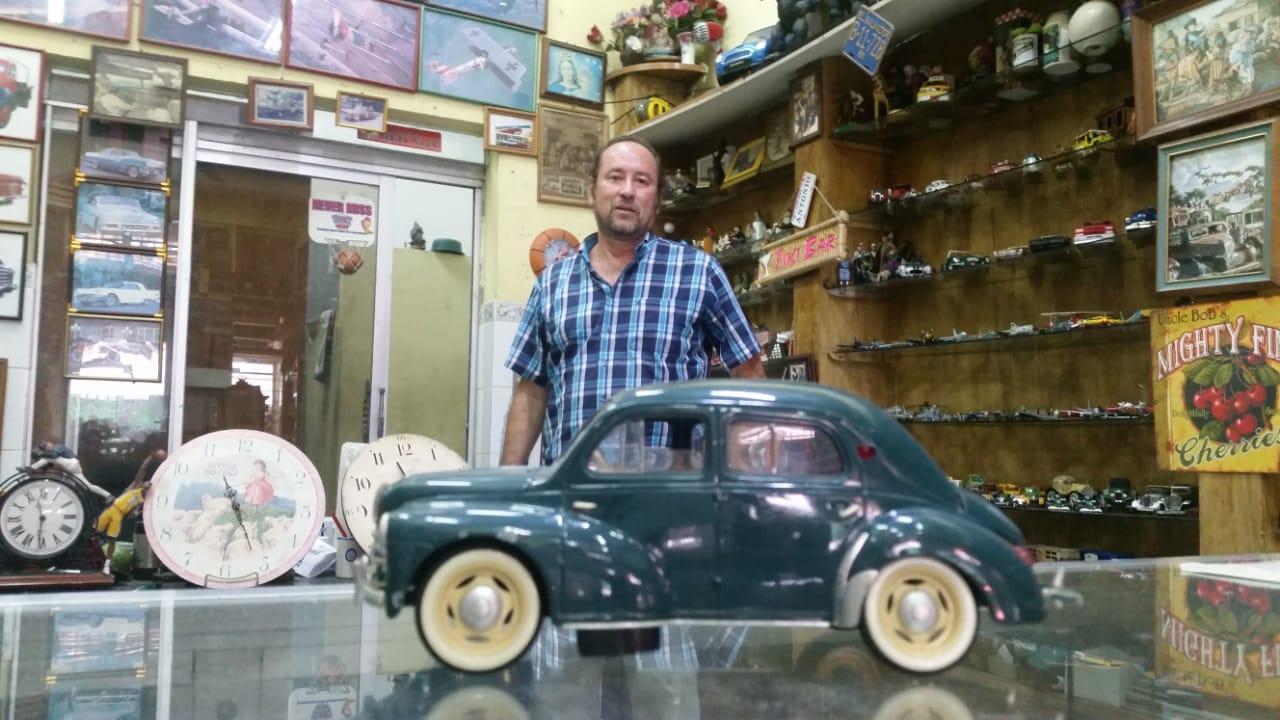 """Venta De Carros En El Salvador >> Porfirio Valencia, coleccionista: """"Mi pasión es ..."""